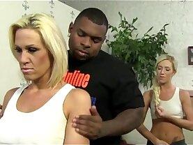 Mom fucks Black Boyfriend