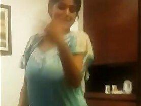 tamil aunty dance