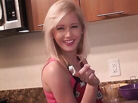 Amazingly beautiful girlfriend in her little apron
